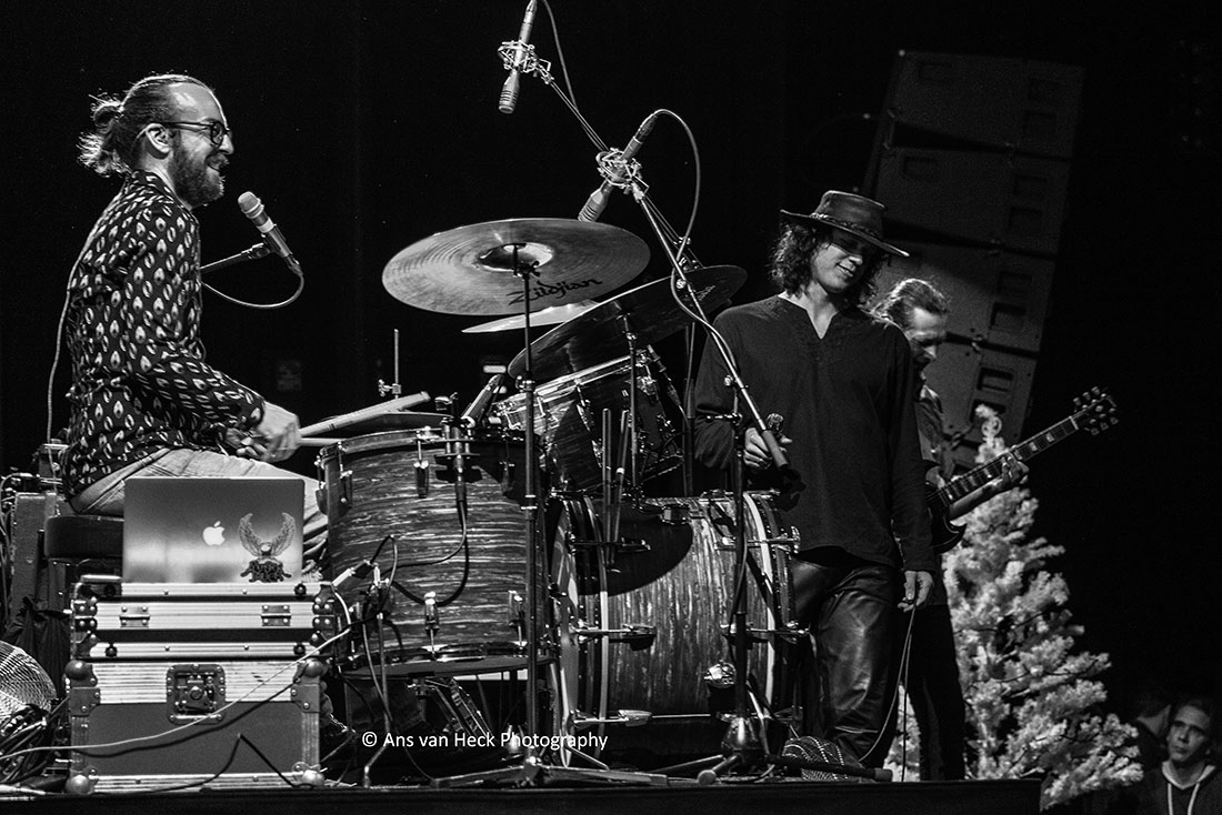 View a photo by clicking on a thumbnail.  sc 1 st  Ans van Heck Photography & The Doors Alive - Gallery - Ans van Heck Photography