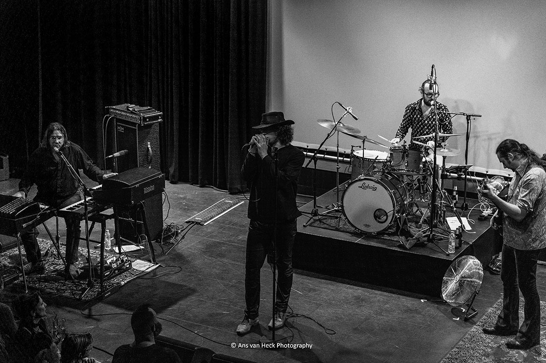 View a photo by clicking on a thumbnail. & The Doors Alive - Gallery - Ans van Heck Photography